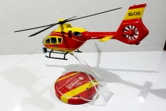 Airbus helicopter custom spray paint red & yellow (1)